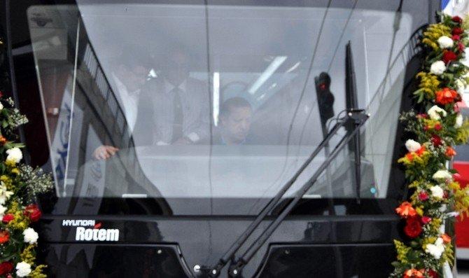 Cumhurbaşkanı Erdoğan Tramvay Kullandı