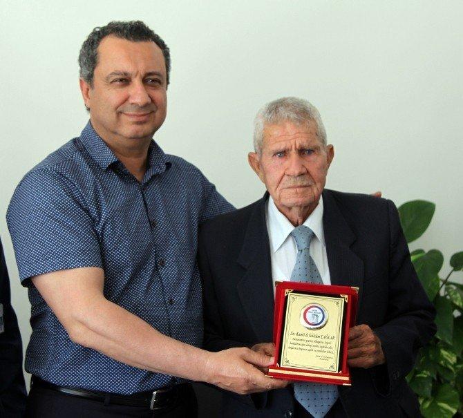 Didimli Hayırsever Kamil Çağlar'dan Hastaneye Anlamlı Bağış