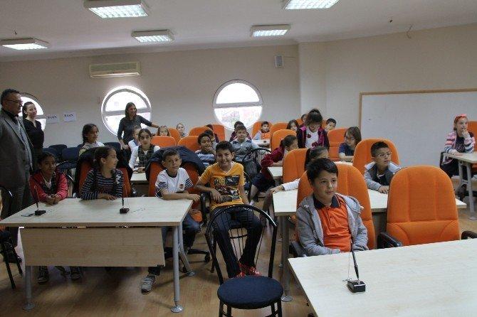 Didim'de Öğrenciler Yerel Yönetimi Başkan'dan Öğrendi