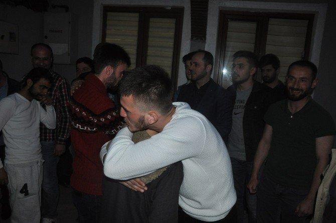 Ensar Vakfına Saldıran Gençler Pişman Olup Özür Dilediler