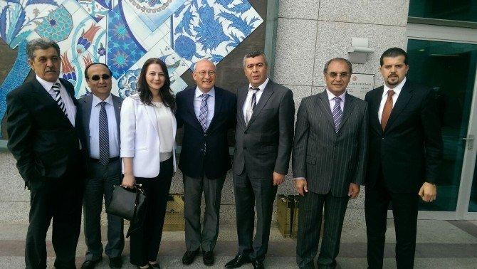 Eskişehir'deki Emirdağlılar Vakfı Yönetimi Ankara'ya Çıkarma Yaptı