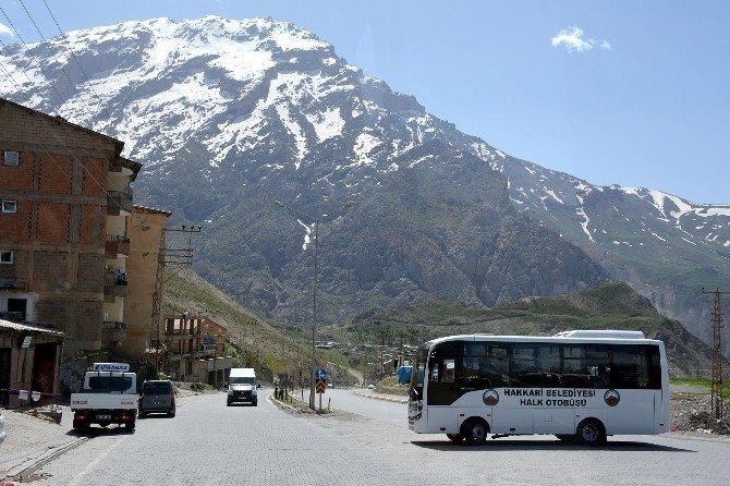 Hakkari Belediyesi'nin Otobüsleri Hizmete Girdi