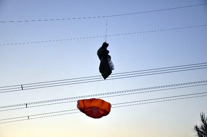 Takıldığı Tellerden Kurtarılan Paraşütçünün Sağlık Durumu İyi