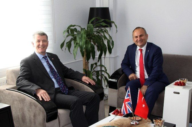 İngiltere Büyükelçisi Terör Endişeleri İçin Turizm İlçelerini Geziyor