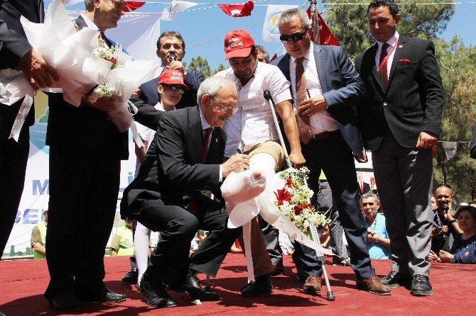 Kılıçdaroğlu'ndan Davutoğlu'na Dokunulmazlık Göndermesi