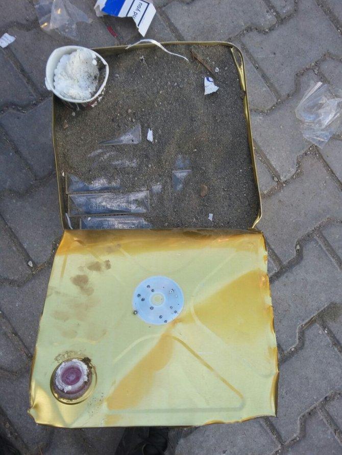 Peynir tenekeleri içinde 30 bin paket kaçak sigara ele geçirildi