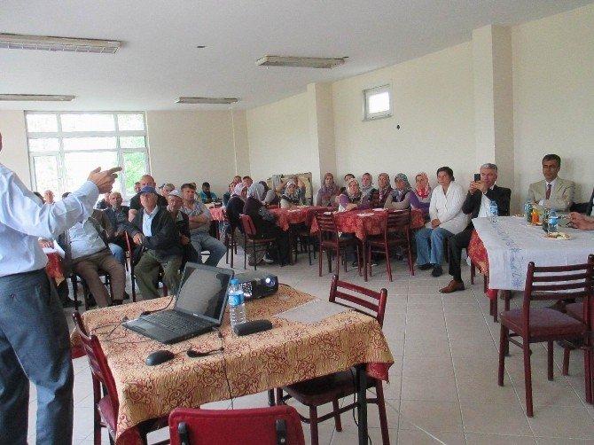 Çiftçilere Hayvan Bakımı, Beslenmesi Ve Sağım Hijyeni Eğitimi