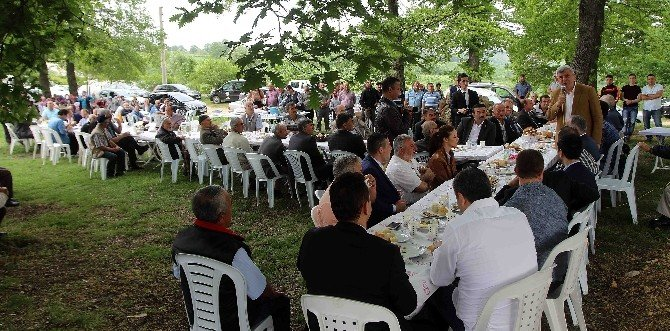 """Başkan Karaosmanoğlu,""""gençlerimiz Kendi Toprakları Üzerinde Müteşebbis Olmalıdırlar"""""""
