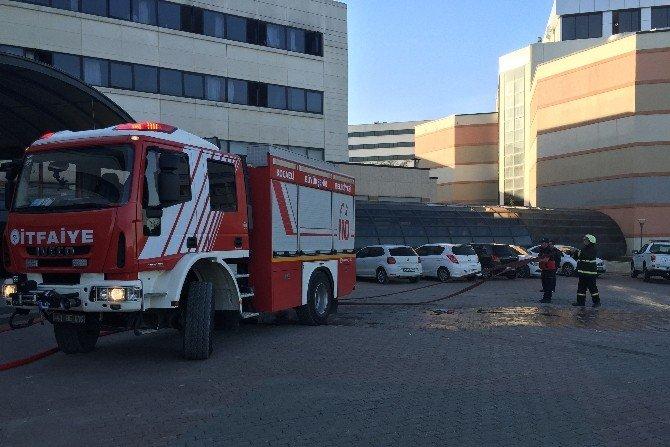 Kocaeli'de Üniversite Hastanesinde Yangın