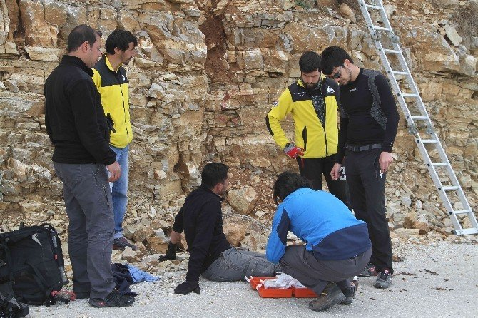 Babadağ'da Paraşüt Kazası: 1 Yaralı