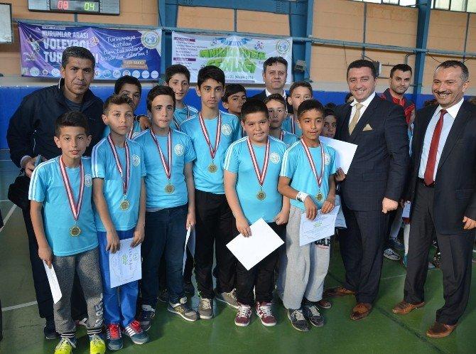 Bozüyük Belediyesi Minikler Futsal Şenliği Sona Erdi