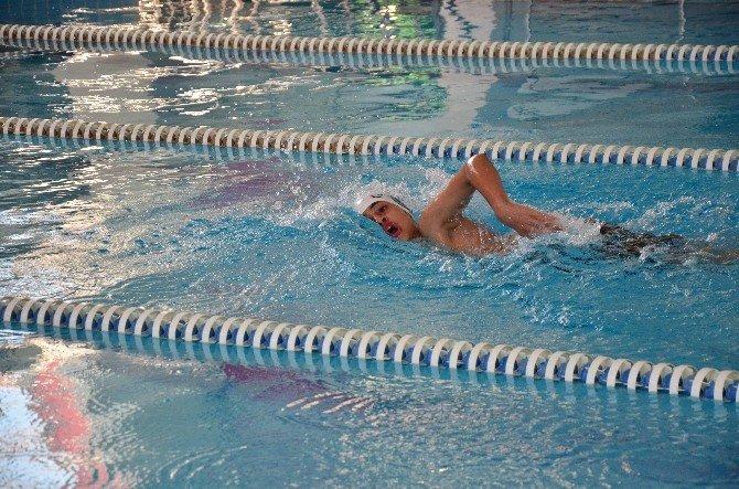 Okullararası Yıldızlar Yüzme Müsabakaları