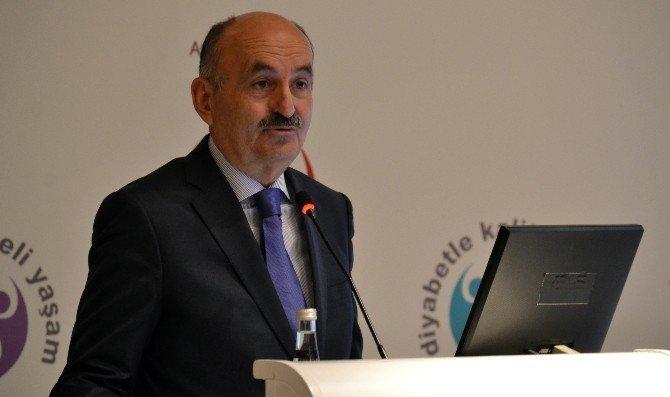 """Bakan Müezzinoğlu: """"Bütçenin 5'te 1'i Diyabet Hastalarına Harcanıyor"""""""