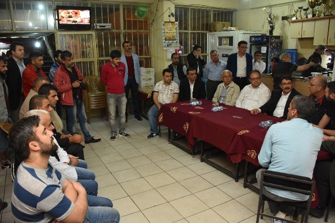 Başkan Çelik'ten Şehitler Mahallesi Esnafına Ziyaret
