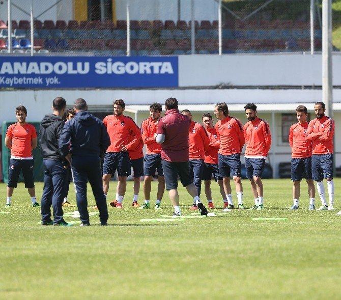 Miniklerden Fenerbahçe Maçı Öncesi Trabzonspor'a Moral
