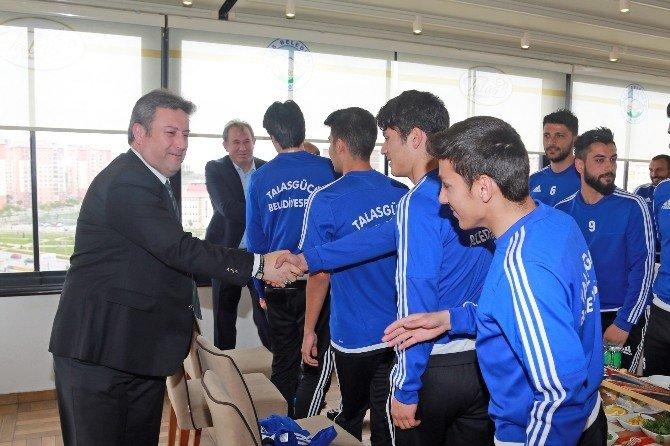 Başkan Palancıoğlu'dan Talasgücü'ne Teşekkür