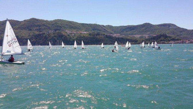 Yelken Yarışları Amasra'da Başladı