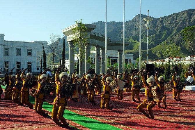 Türk şirketi, Türkmenistan'da atçılık kompleksi kurdu