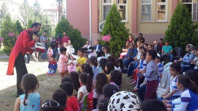 Viranşehir De Hadi Kutlu Lisesinde 23 Nisan Kutlaması
