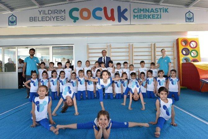 Çocukların 23 Nisan Hediyesi Yıldırım Belediyesi'nden