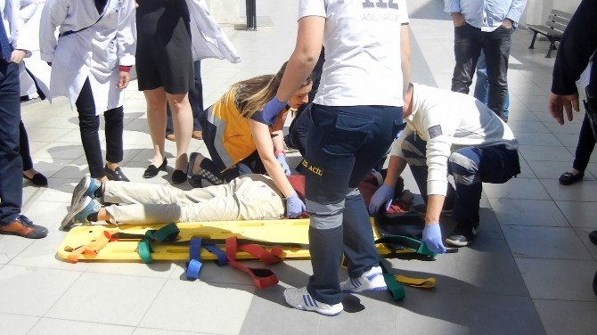 Öğrenci Okulun Penceresinden Düştü