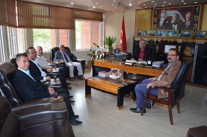 Başkan Yaman'a Tebrikler