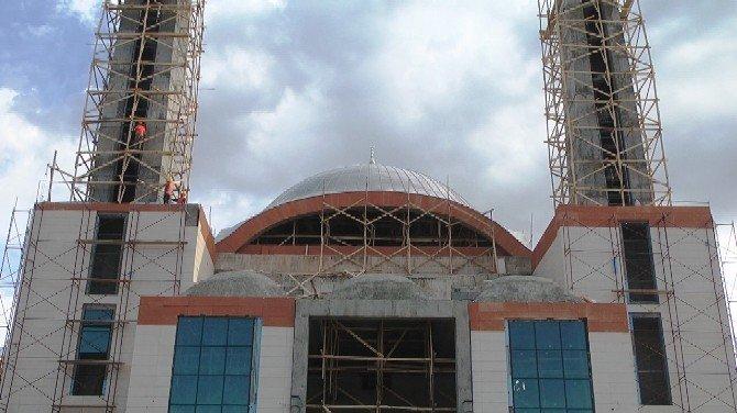 Iğdır Üniversitesi Yatırımlarla Göz Dolduruyor