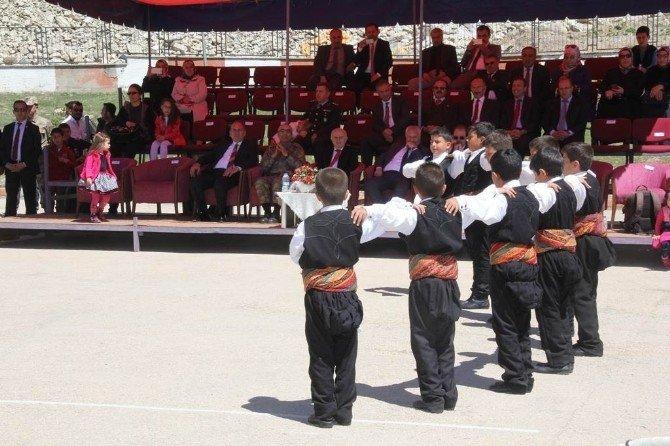Bayburt'ta 23 Nisan Coşkusu