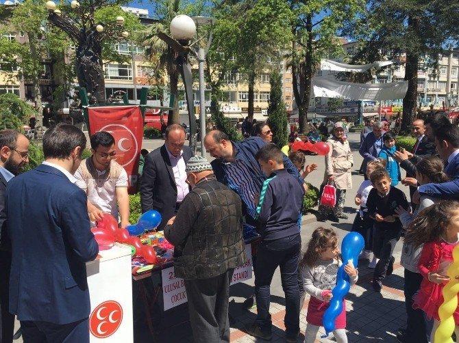 MHP Rizeli Çocukları Sevindirdi