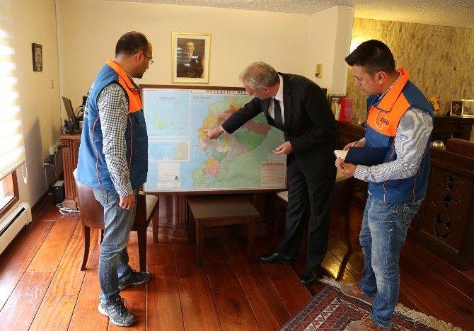 AFAD İnsani Yardım Ekibi Deprem Sonrası Ekvador'a Ulaştı