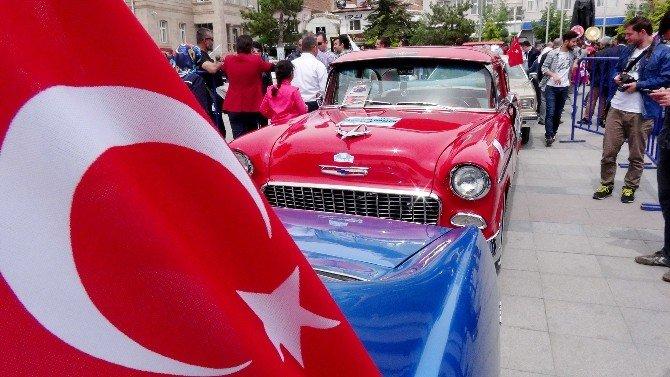 Aksaray'da Klasik Otomobil Rallisi