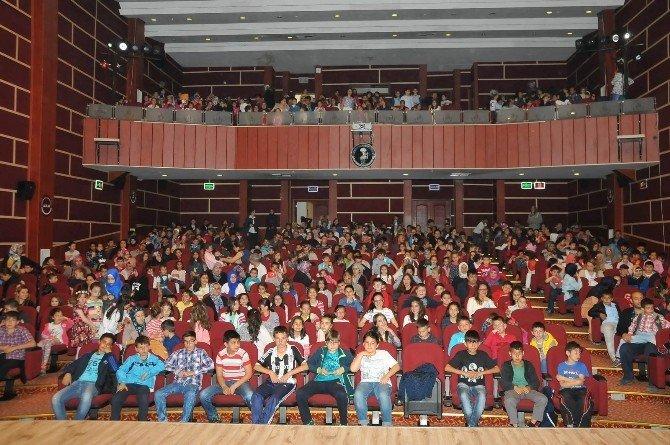 Akşehir Belediyesi'nden Çocuklara 23 Nisan Sürprizleri