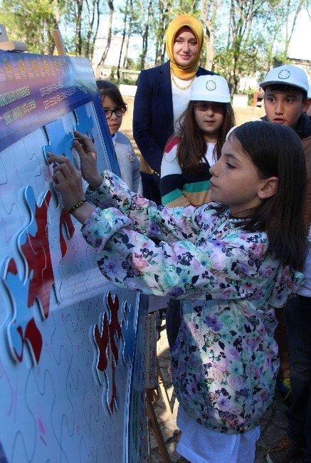 """Atakumlu Çocuklardan Dünyaya """"Biz Buradayız"""" Mesajı"""