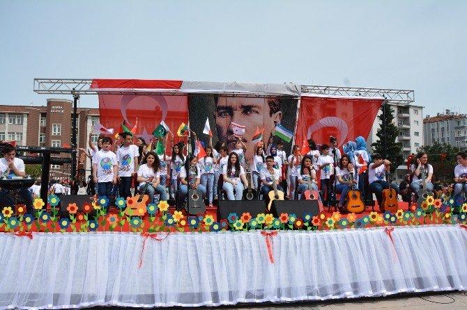 Bafra'da 23 Nisan Kutlaması