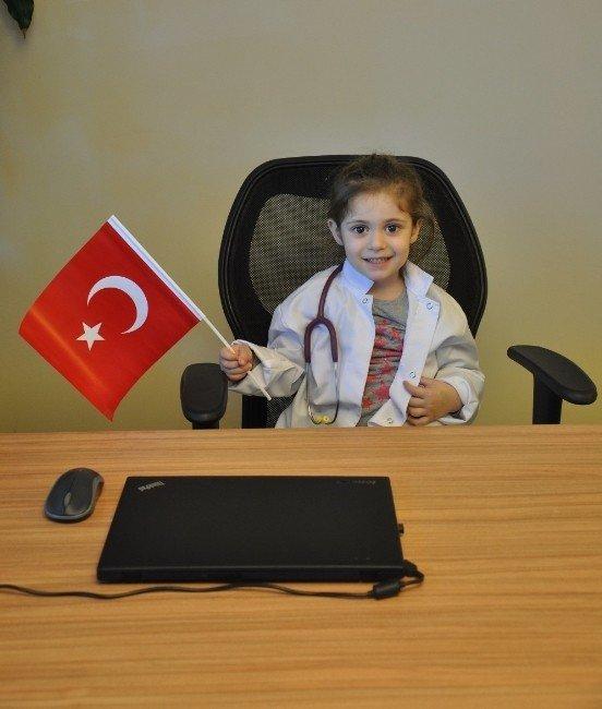 Acıbadem Adana Hastanesi'nde 23 Nisan Sevinci