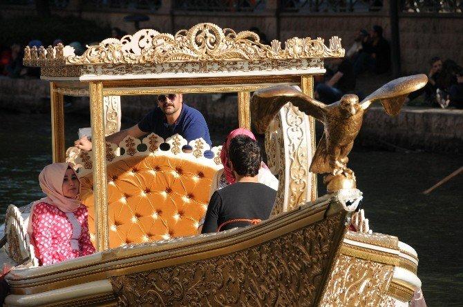 Osmanlı Sultanlarının Kayığı Porsuk'ta