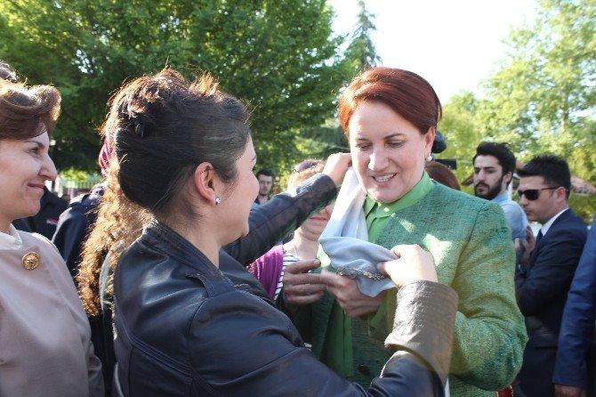 """Meral Akşener: """"Ben Seçilirsem Bunlar Ot Yolacaklar"""""""