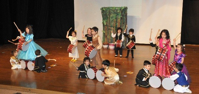 Çukurova'da Festival Gibi 23 Nisan Şenliği