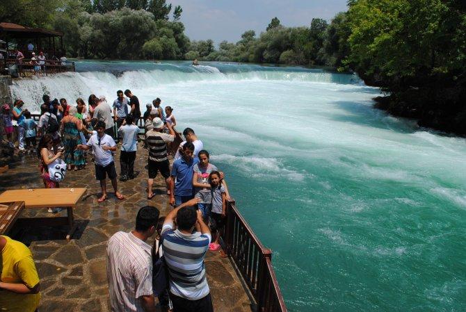Manavgat Şelalesi, 23 Nisan ve EXPO Antalya 2016 için ziyarete açıldı
