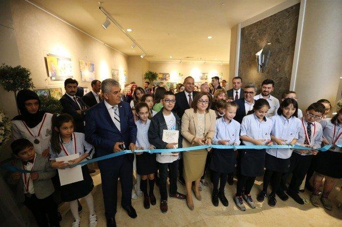 28. Uluslararası Çocuk Resimleri Sergisi Açıldı