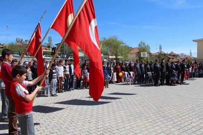 Gemerek'te 23 Nisan Ulusal Egemenlik Ve Çocuk Bayramı Coşkuyla Kutlandı