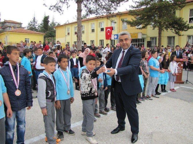 Hisarcık'ta 23 Nisan Ulusal Egemenlik Ve Çocuk Bayramı Kutlamaları