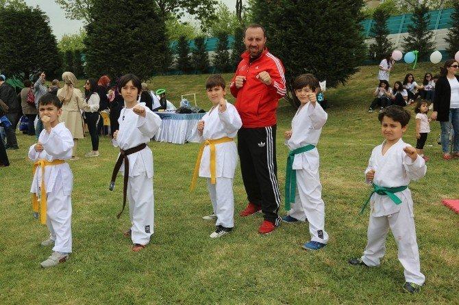 İhlas Koleji, Çocukları 23 Nisan'da Miniatürk'te Ağırladı