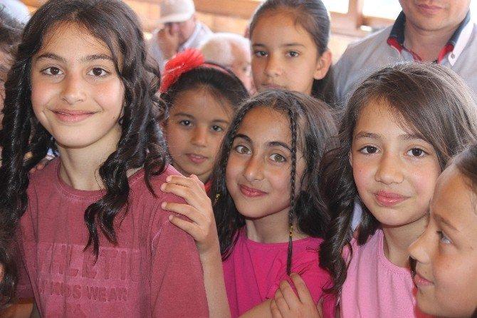Dulkadiroğlu Belediyesi'nden Öğrencilere Sinema Keyfi