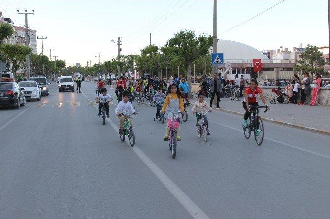 Karaman'da Çocuklar Pedal Çevirdi
