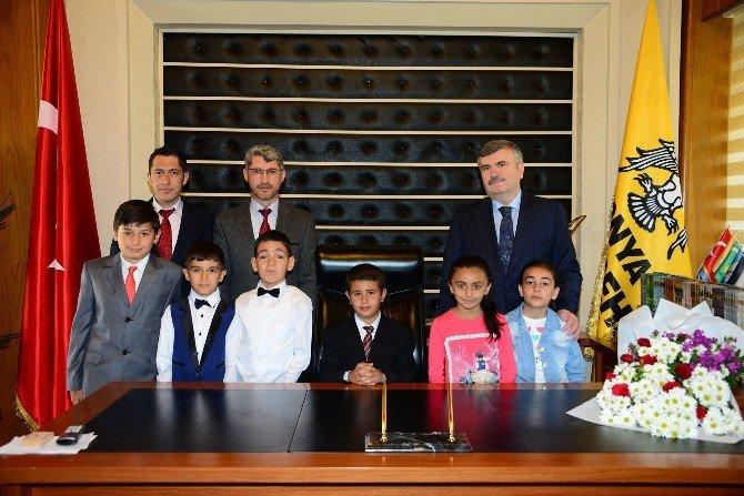 Başkan Akyürek Makamı Çocuklara Devretti
