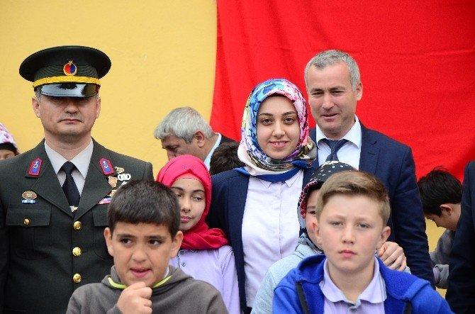 Türkiye'nin İlk Başörtülü Kaymakamının İlk Resmi Töreni
