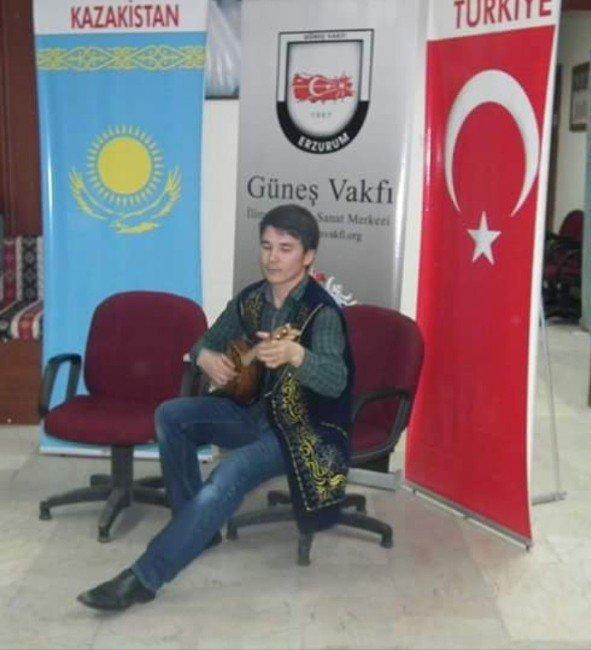 Güneş Vakfı Kazakistan Uyruklu Öğrencileri Ağırladı