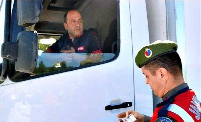 Uygulamadan Memnun Olan Vatandaş Jandarma İçin Dua Etti
