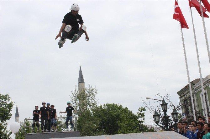 Edirne'de Öğrencilere 500 Bisiklet Dağıtıldı
